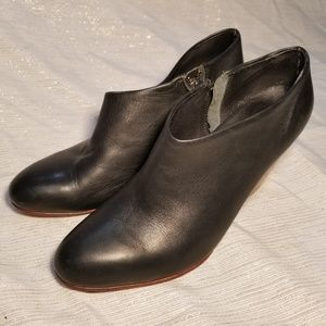 Ariana Bohling Wooden Heel Leather Booties SZ 6